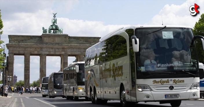 Almanya, AB ülkelerinden gelenlere karantina uygulamasını kaldırıyor