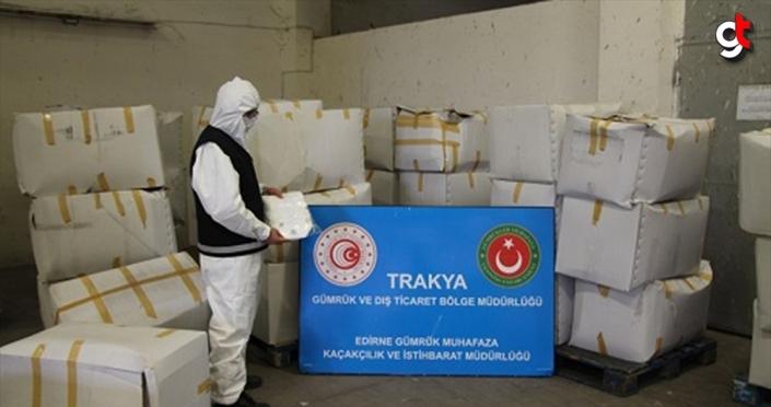 Avrupa'ya giden tırda 573 bin 750 maske ele geçirildi