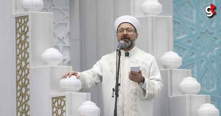 Erbaş: Bayramlar dilleri farklı olsa da duası bir olan Müslümanların aynı hissiyatı yaşadığı mübarek günlerdir