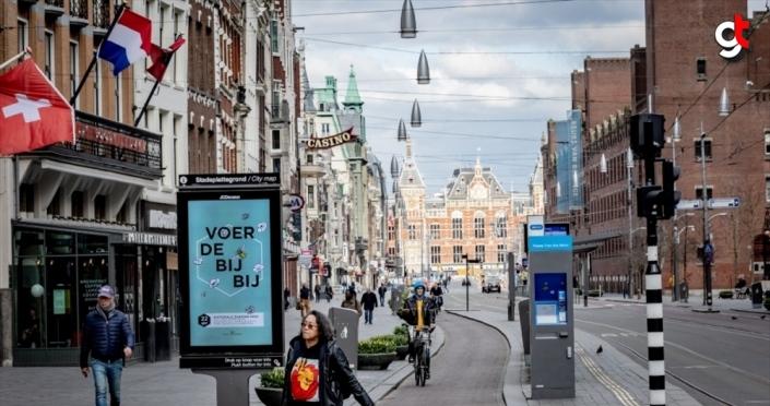 Hollanda'da Kovid-19'dan ölenlerin sayısı 5 bin 680'e yükseldi