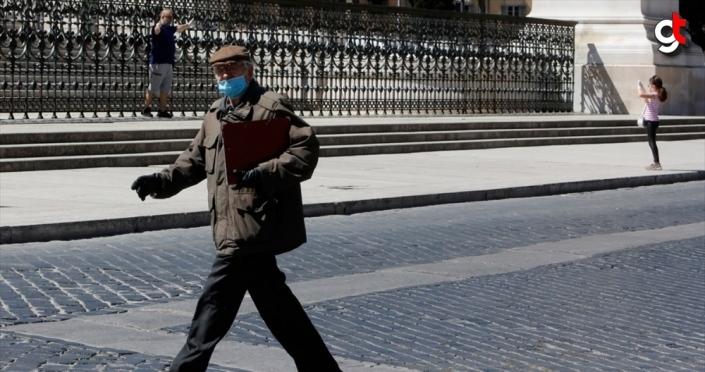 İtalya'da Kovid-19'dan hayatını kaybedenlerin sayısı 31 bin 610'a yükseldi