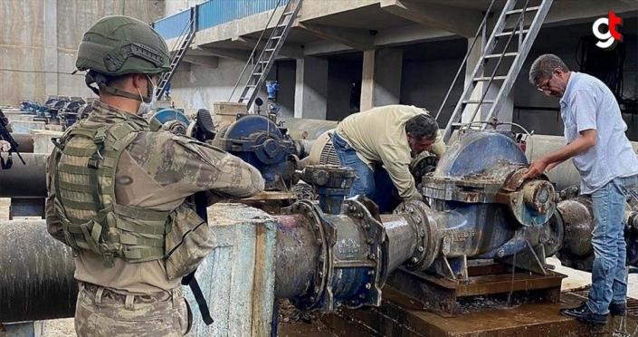 Mehmetçik 'Barış Pınarı' bölgesinde halkın temiz su ihtiyacını gidermek için çalışıyor