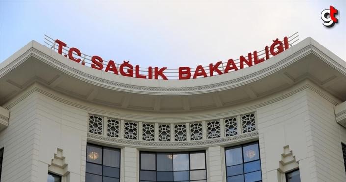 Türkiye'de Kovid-19'la mücadelede günlük vaka sayısı 1000'in altına geriledi