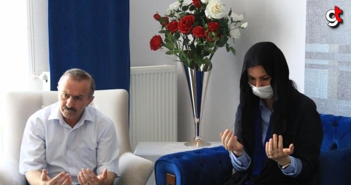 AK Parti'li Karaaslan'dan şehit babasına duyguladıran ziyaret