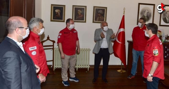 AKUT Arama Kurtarma Derneği Trabzon Ekibi'nden Zorluoğlu'na ziyaret