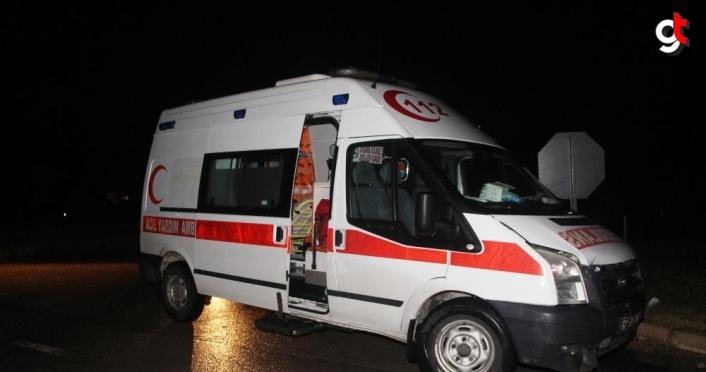 Amasya'da ambulans ile otomobil çarpıştı: 1 yaralı