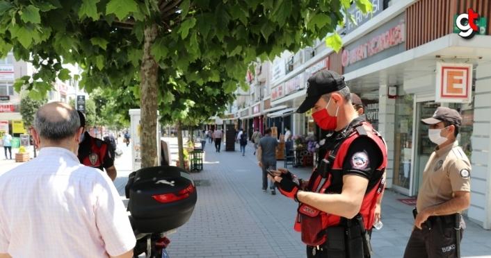 Bolu'da maske takmayan 240 kişiye idari para cezası kesildi