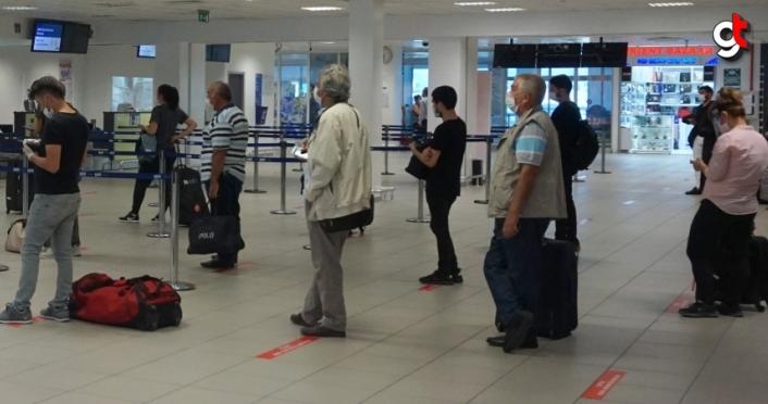 Gazipaşa Alanya Havalimanı'nda tarifeli iç hat uçuşları başladı