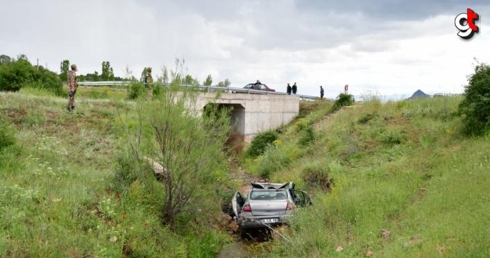 Giresun'da otomobil dere yatağına devrildi: 3 yaralı