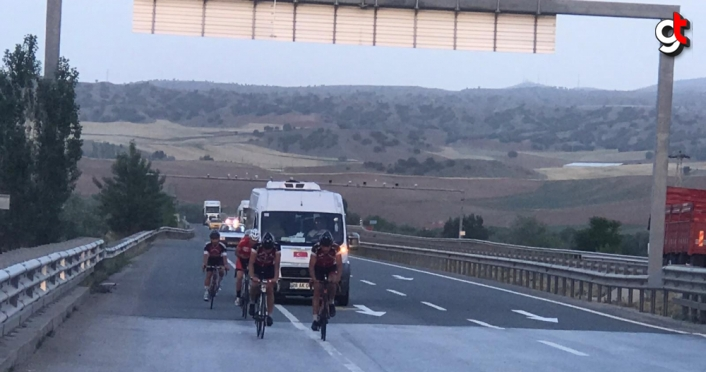 Giresunlu sporcular yaklaşık 700 kilometre pedal çevirecek
