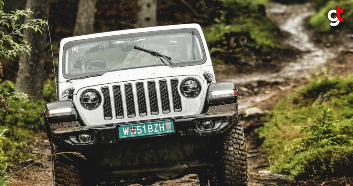 Jeep Wrangler Almanya'da en iyi arazi aracı ve SUV seçildi