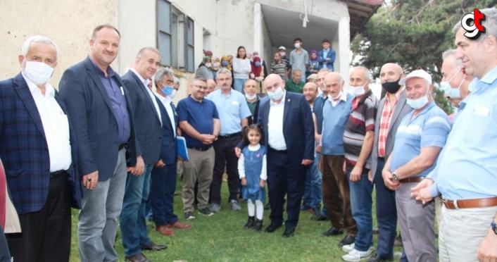 Milletvekili Karahocagil'den doludan etkilenen köylere ziyaret