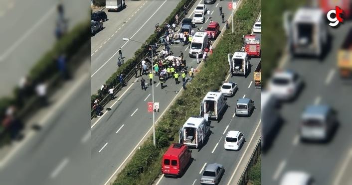 Rize'de iki otomobil çarpıştı: 2 ölü, 1 yaralı