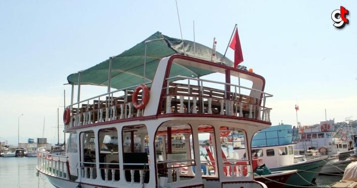Sinop'ta gezi tekneleri Kovid-19 tedbirleriyle hizmete başladı