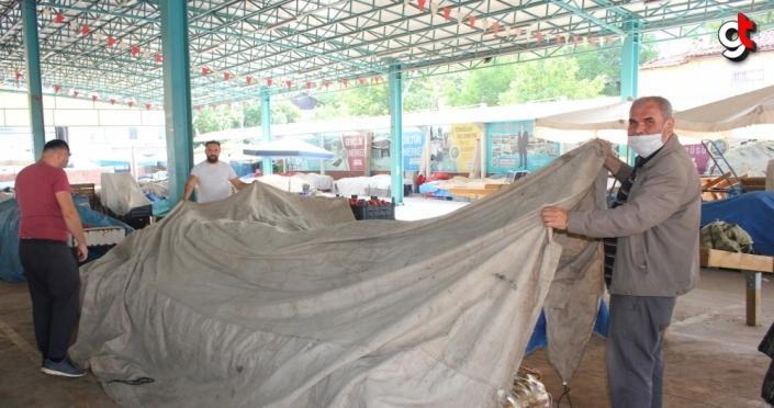 Suluova'da halk pazarı tezgahları saat 15.00'e kadar kapalı olacak