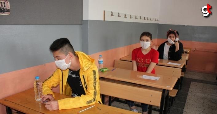 Suluova'da LGS'ye 884 öğrenci girdi