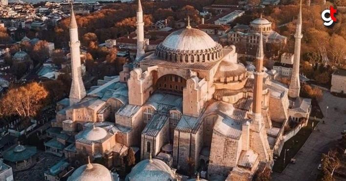 Bugün Ayasofya, yeniden dirilişlerinden birini yaşıyor, Hagia Sophia