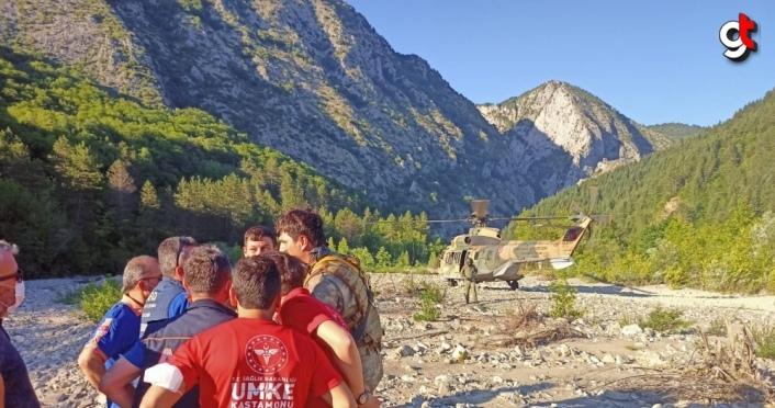 GÜNCELLEME - Kastamonu'da Valla Kanyonu'nda yaralanan kişi 6 saat süren çalışmayla kurtarıldı