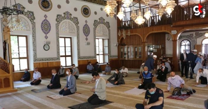 İstanbul'un manevi fatihi Akşemseddin Hazretleri'nin türbesi ziyarete açıldı