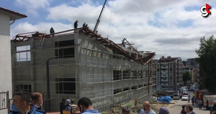 Kastamonu'da spor salonu inşaatının çelik çatısında çökme meydana geldi