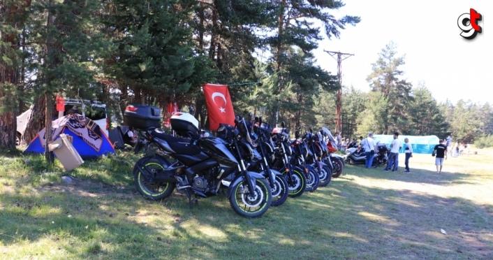 Kastamonu'nun yaylasında 200'den fazla motosikletli kamp yapıyor