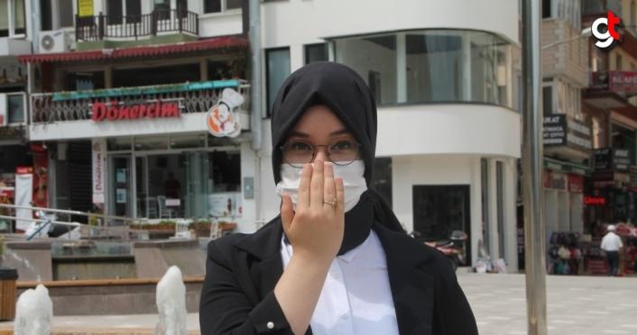 Lise öğrencisi, Kovid-19'a karşı 14 kuralı işaret diliyle anlattı