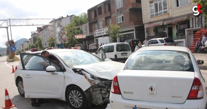 Ordu'da trafik kazaları: 3 yaralı