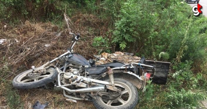 Samsun'da minibüs ile motosiklet çarpıştı: 2 yaralı