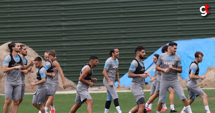 Trabzonspor, kupa finali için İstanbul'a gitti