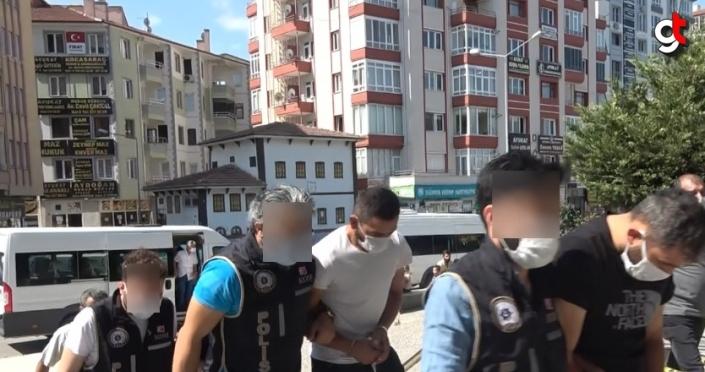 Valilerin adını kullanarak dolandırıcılık yaptıkları iddiasıyla 3 kişi tutuklandı