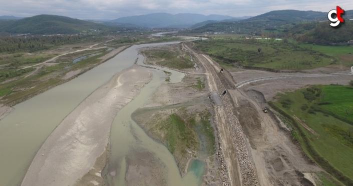 Zonguldak Filyos Çayı 5. kısım inşaatında çalışmalar devam ediyor