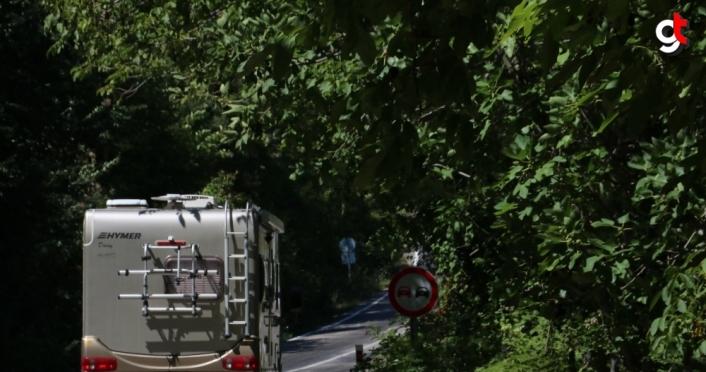 Avrupa'da 14 ülke gezen Çeliköz ailesinin 32 yıllık karavan tutkusu