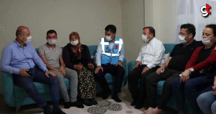Bakan Soylu ve Kurum'dan selde eşi kaybolan Zeynep Akar'a ziyaret