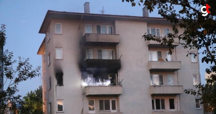 Bolu'daki yangında bir evde hasar oluştu