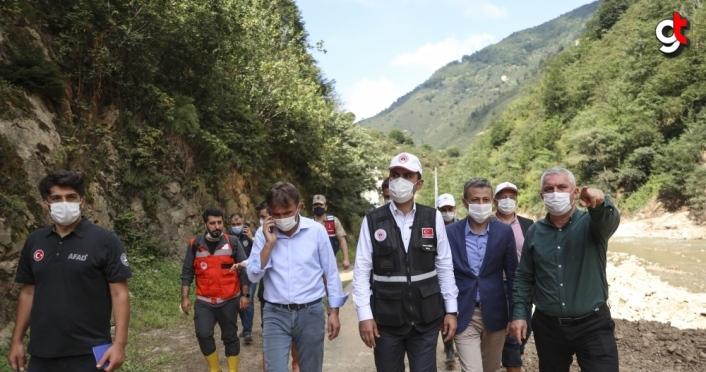 Çevre ve Şehircilik Bakanı Kurum, Giresun'da selin hasara yol açtığı üç ilçede incelemede bulundu
