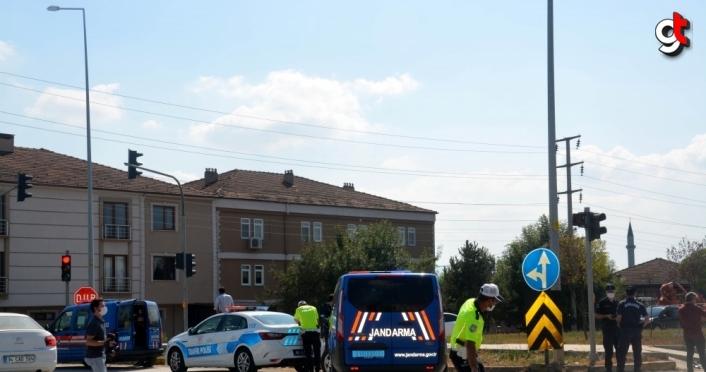 Düzce'de otomobille çarpışan motosiklet sürücüsü öldü