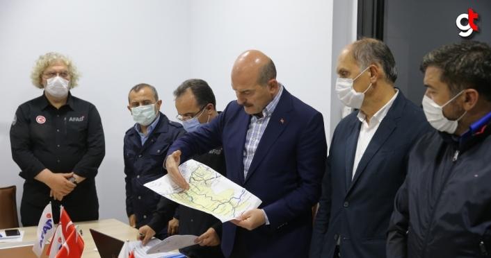 İçişleri Bakanı Soylu, Giresun'da sel bölgesinde: (2)