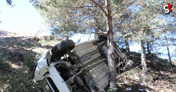 Kastamonu'da düğünden dönen aile kaza yaptı: 2 ölü, 4 yaralı