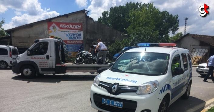 Samsun'da trafik polisinin kullandığı motosiklet ile otomobil çarpıştı: 4 yaralı