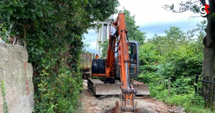 Trabzon'da sel ve heyelanların ardından yol açma çalışmaları devam ediyor