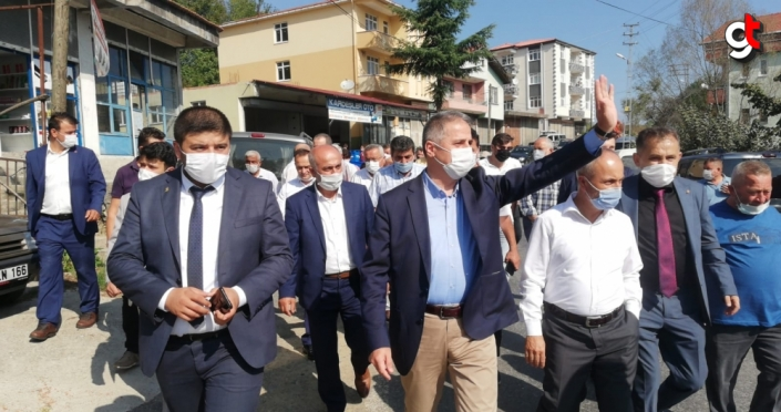 AK Parti Ereğli İlçe Başkanı Saffet Bozkurt'tan pazar yeri ziyareti