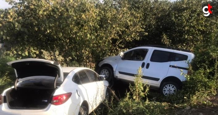 Çarşamba'da otomobil ile hafif ticari araç çarpıştı: 1 yaralı