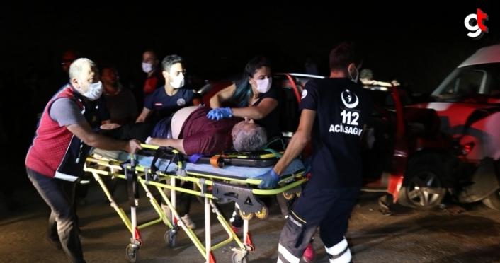 Düzce'de sürücüsü kalp krizi geçiren otomobil minibüsle çarpıştı