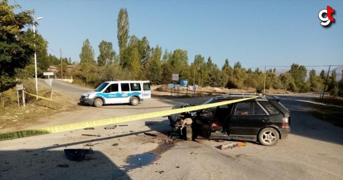 Gümüşhane'de iki otomobil çarpıştı: 8 yaralı