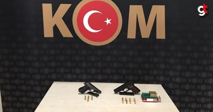 Samsun'da bir iş yerinde silah ve mühimmat ele geçirildi