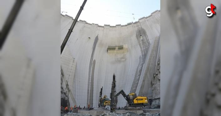 Yusufeli Barajı  ile Türkiye'nin hidroelektrik enerji üretim kapasitesi yüzde 2 artacak