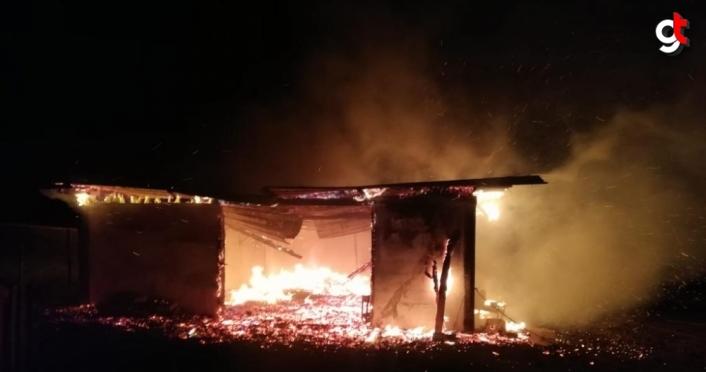Bolu'da evde yangın