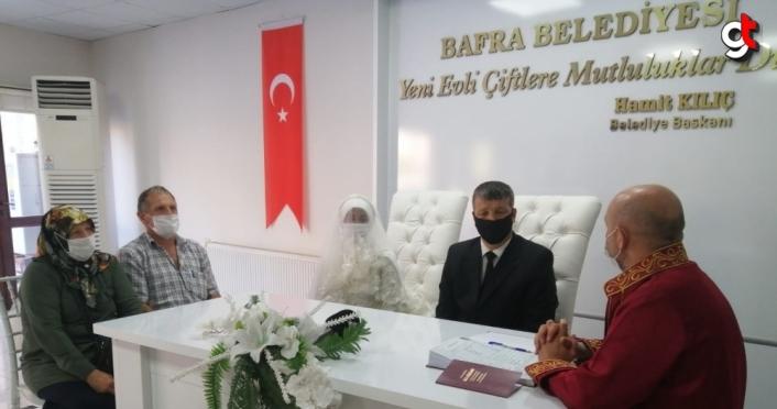 Endonezyalı Yulnettin sosyal medyadan tanıştığı Samsunlu Yıldırım ile evlendi
