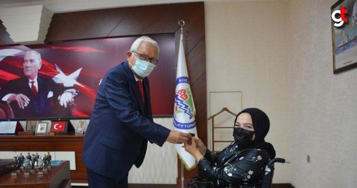 Ereğli Belediye Başkanı Posbıyık'tan emekli personele altın