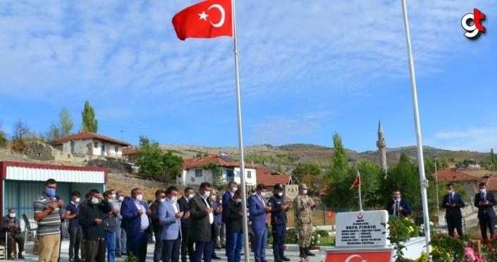 Şehit Piyade Uzman Onbaşı Sefa Fındık kabri başında anıldı